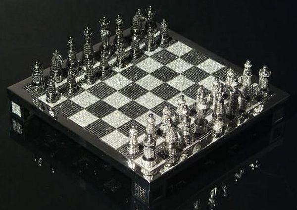 The Royal Diamond Chess_6